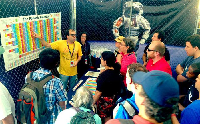 MakerFaire-crowd-700px